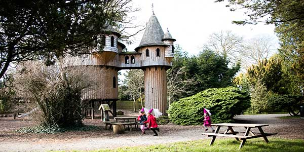 """Birr Castle Gardens in Offaly"""