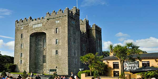 """Bunratty Castle Limerick"""