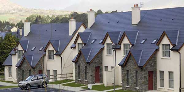 """""""Kenmare Bay Self Catering Holiday Homes"""""""