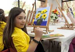 """""""Art Zone Summer Camps For Kids"""""""