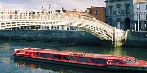 """Dublin Discovered Sightseeing Boat Tours"""