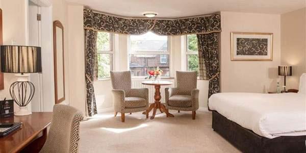 """Malone Lodge Hotel & Apartments, Belfast"""