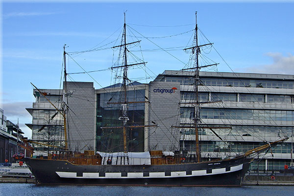 """The Jeanie Johnston Tall Ship and Famine Story Tours Dublin"""