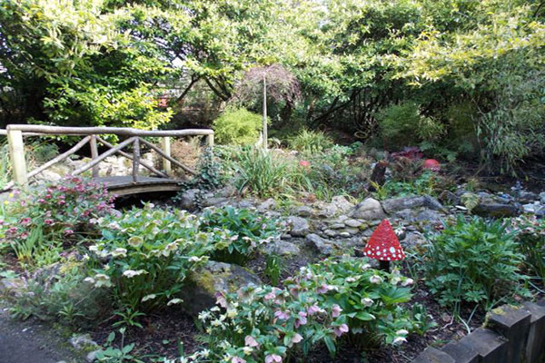 """Belvedere House Gardens"""