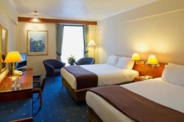 """Croydon Park Hotel Family Rooms"""