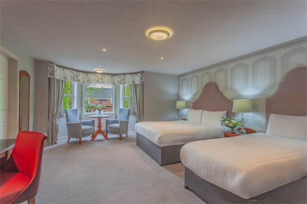 """Malone Lodge Hotel Family Accomodation Belfast"""